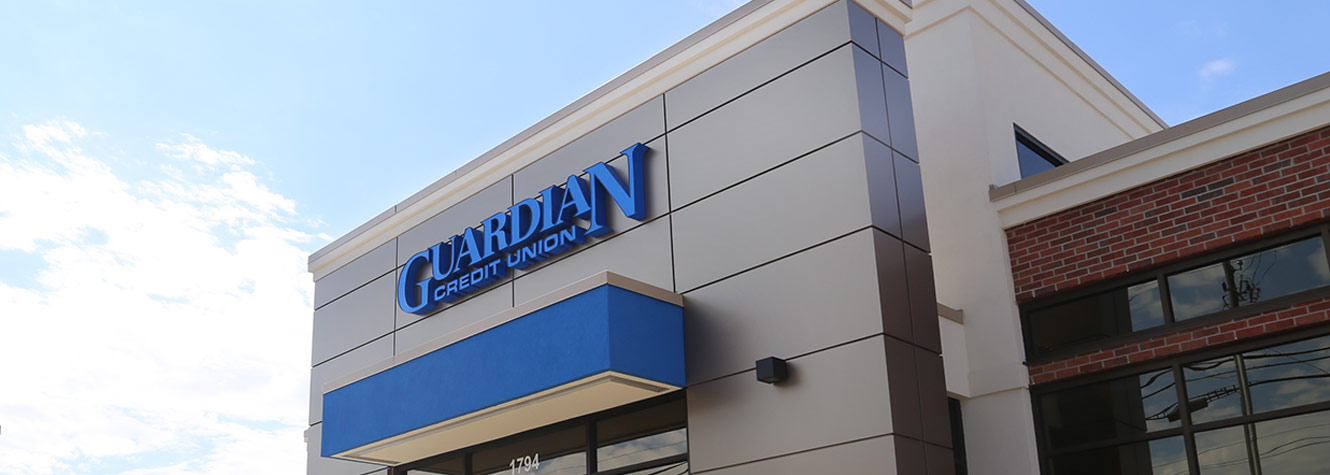 photo of the outside of the Guardian Credit Union branch in Prattville Alabama.